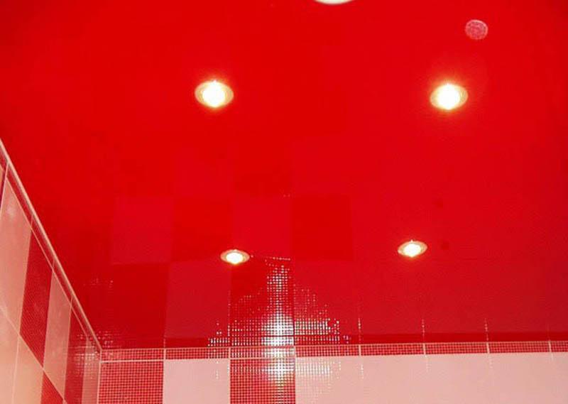 фото натяжной потолок в ванной