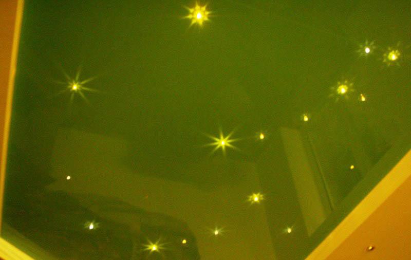 фото натяжной потолок в детской комнате
