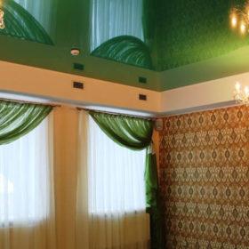 Натяжной потолок в ресторане